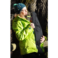 Babywearing with Kumja - cosy & warm