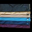 Farben von oben: schwarz, gold, beige, hellblau, dunkelblau, lila